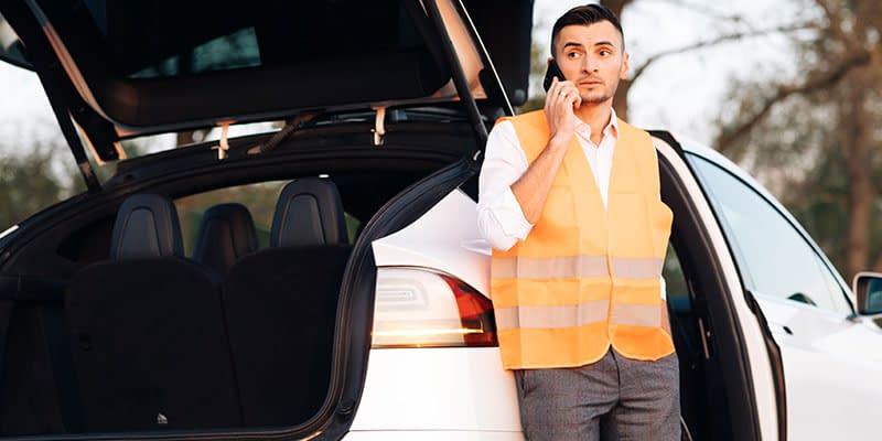 Conductor con emergencia en carretera - Los mejores productos online 2021